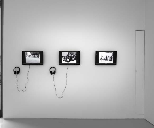 SANTIAGO SIERRA, Dedicated to the Workers and Unemployed, Installation view, Lisson Gallery, London 2012 3